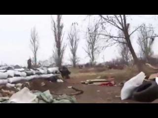 Донецк с.Пески прямое попадание в БМП - ожесточенный бой!