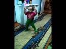 Алина классно танцует! Ей 1,5 года