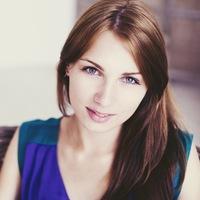 Анна Завернина