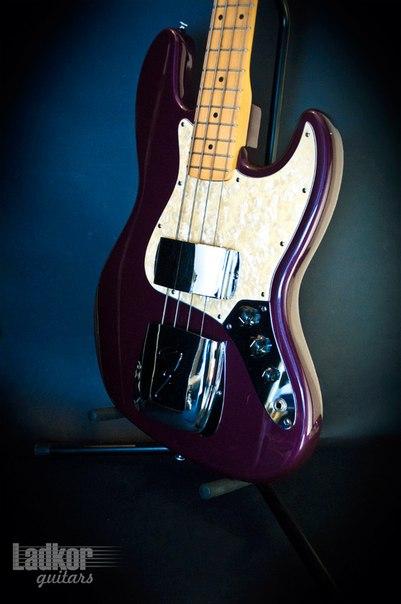 Продам 1998 fender american standard jazz bass midnight wine - акция к нг, днепропетровск, 1150