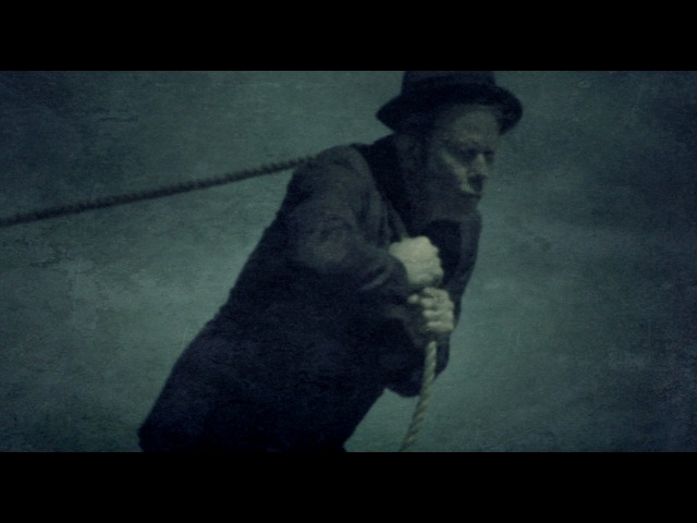 Tom Waits – Hell Broke Luce