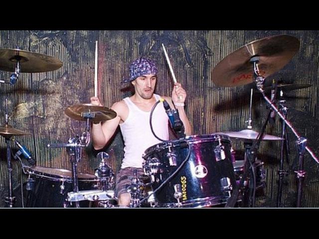 TIM IVANOV (Тим Иванов) - соло на барабанах. Группа Васильевский С-Пуск . Glastonberry Pab