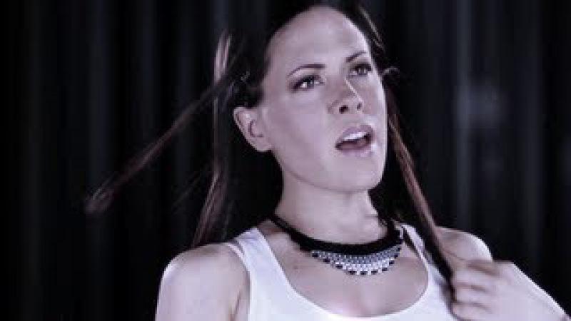 Giuseppe Ottaviani Betsie Larkin - Toys (Official Music Video)