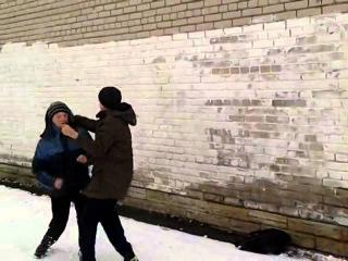Злые школьники:Россия vs Америка.(Драка на улице)Смотреть всем 18+