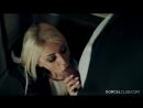Безбашенный секс в туалете с очаровательной блондинкой Chloé Lacourt. 2015. Красивое порно, минет, трахнул, в чулках, классика
