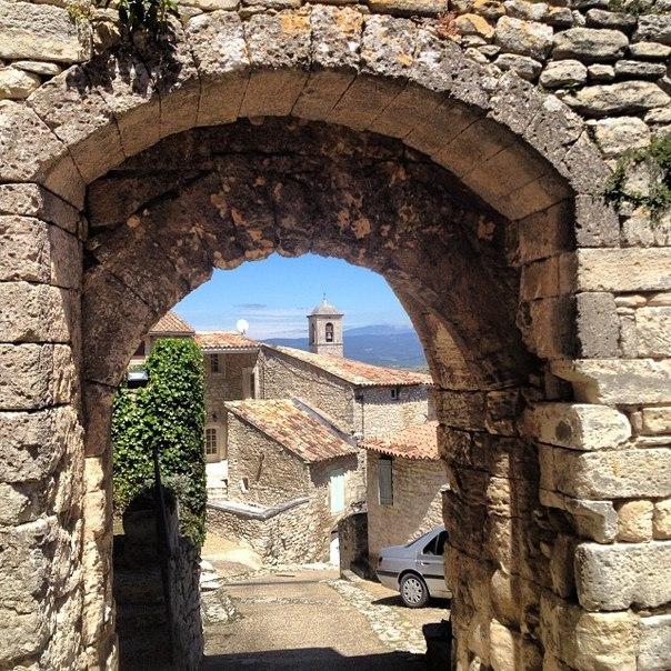Lacoste (Лакост), Прованс, Франция - путеводитель, достопримечательности
