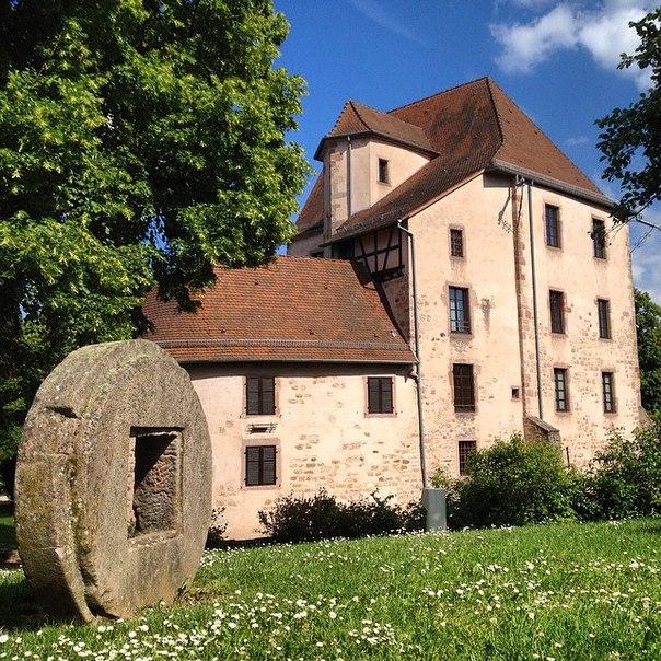 Soultz-Haut-Rhin (Сульц-О-Рен), Эльзас, Франция - достопримечательности, путеводитель по городу.