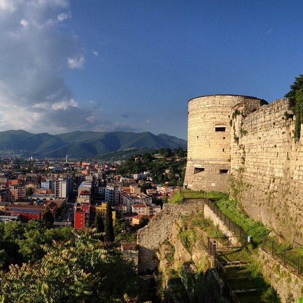 Брешиа (Brescia), Ломбардия, Италия - достопримечательности, маршрут по городу