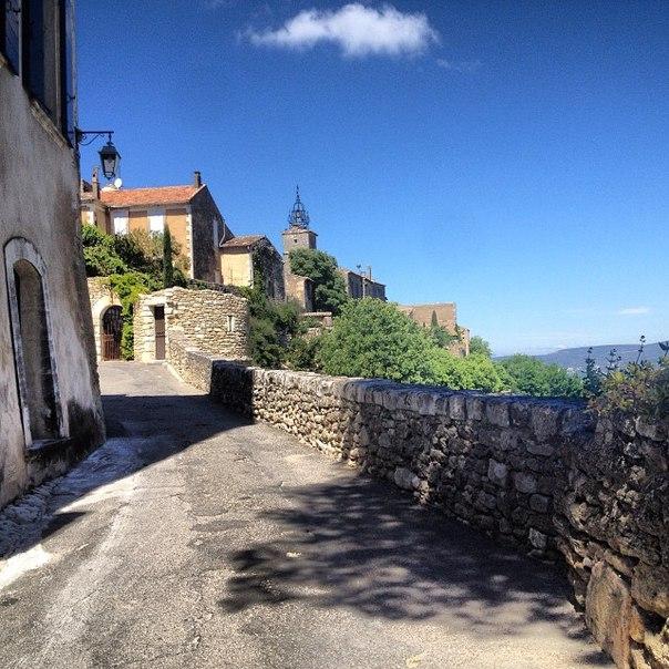Ménerbes (Менерб), Прованс, Франция - достопримечательности, путеводитель по Провансу и Франции