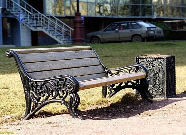 Установка скамеек и урн
