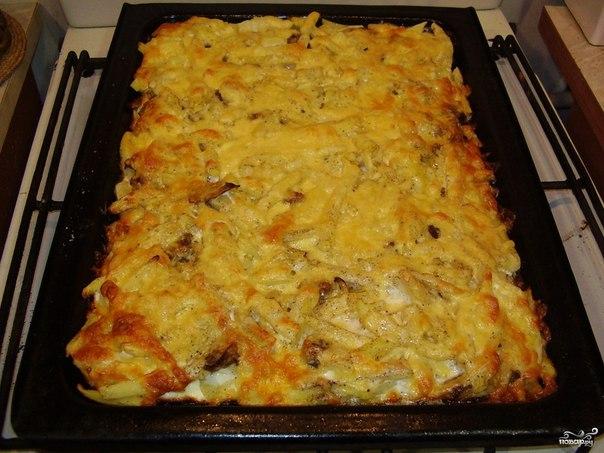 Картошка с курицей и опятами в духовке рецепт