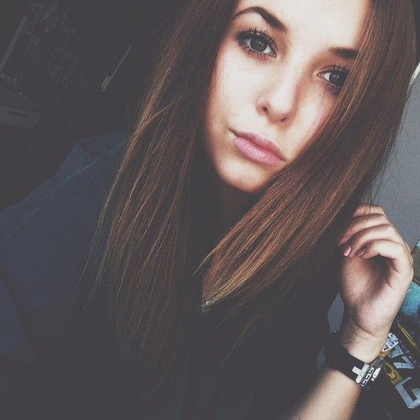 Лица очень красивых девушек