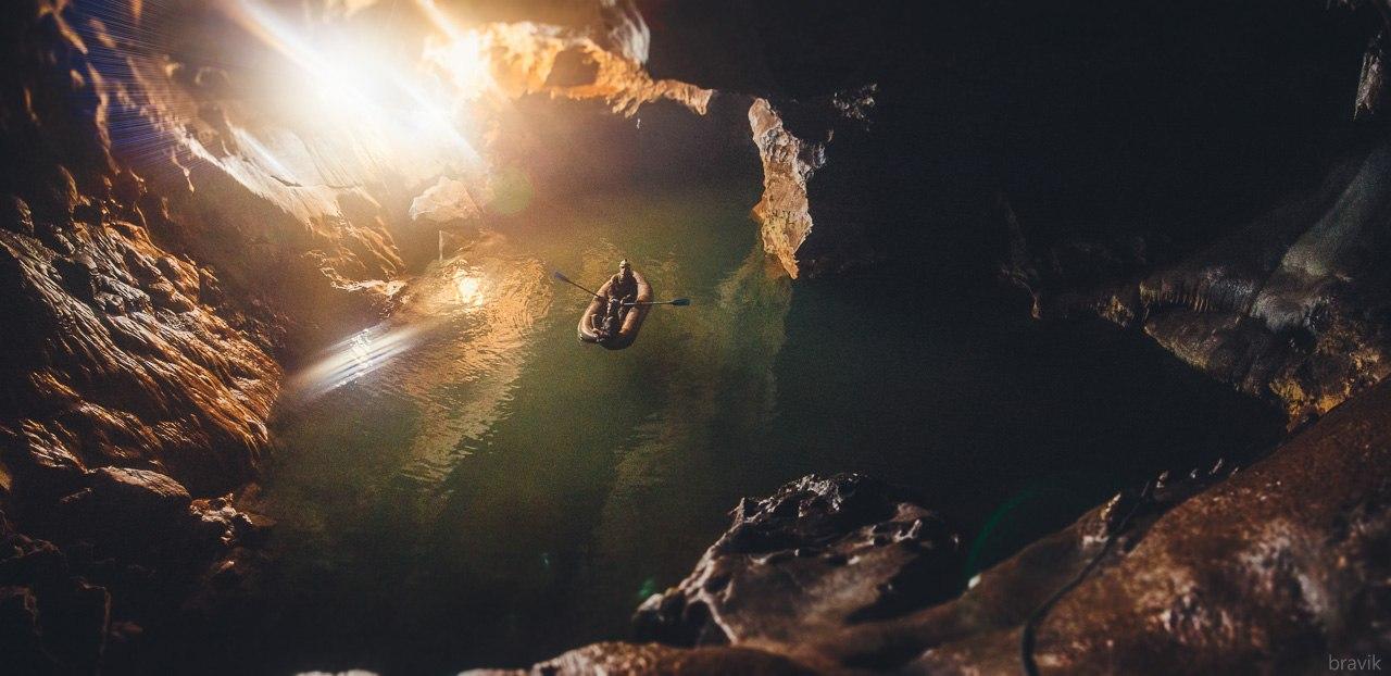 Подземное озеро Мокрушинской пещеры, Приморский край
