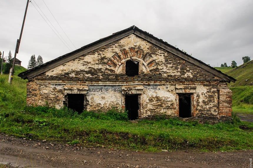 Корпуса Кыновского чугунолитейного завода Строгановых