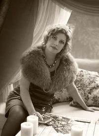Elena Loran
