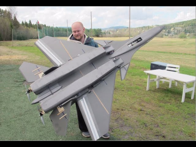 Giant RC SU-37 Super flanker jet, Maiden flight, MUST SEE! Scratchbuilt Depron electric pusher prop