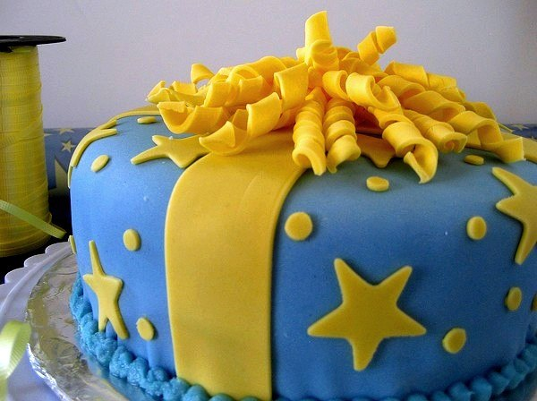 Как сделать торт украсить мастикой