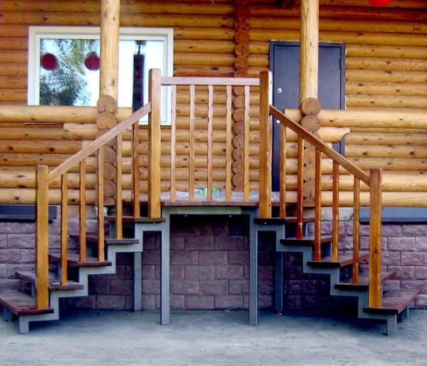 Крыльцо для деревянного дома фото