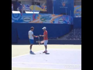 Federer's fails to re-do Svitolina's trick