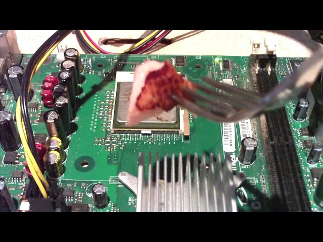 Cooking with Intel Ep1 A Demonstration on CPU Heat