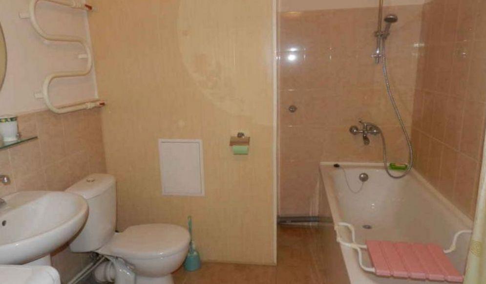 Продается большая 1 ком. квартира, Приморский район, Петербург, рядом с метро! C-8R216DnWY