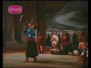 Мужской цыганский танец в цирке / Gypsy circus
