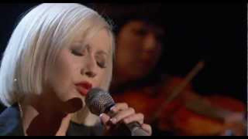 Christina Aguilera - Lift Me Up (Live at Hope For Haiti, 2010)