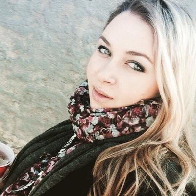 Полина Суслова