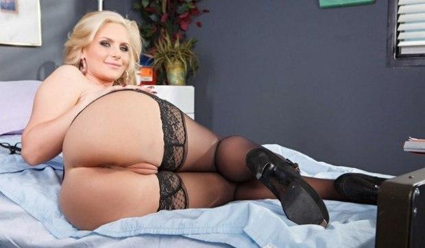 Порно Актрисы - Phoenix Marie