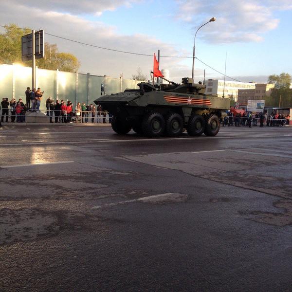 El nuevo ejército ruso... - Página 10 Zjw5_suhVMw