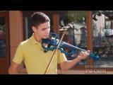 В Измаиле талантливый скрипач дарит свое мастерство прохожим