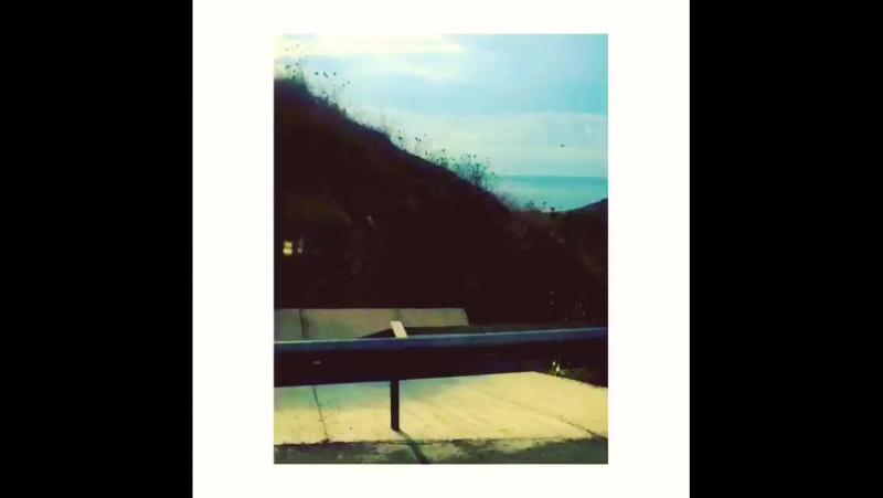 Rüzgar nereye eserse biz oraya ... Düştük yine yollara , bu sefer istikamet yeniden doğduğum yer , Bozcaada bb 💙