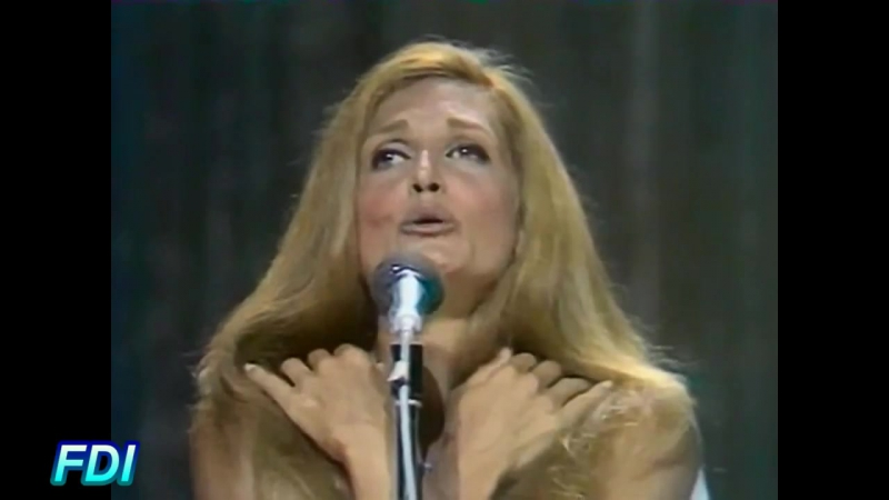 Dalida - Tout au plus (Live) 23/08/1971 - (Une cigogne sur la 2 (2e chaine)