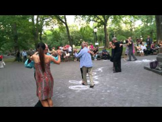Tango in Central Park, NYC - short 4k video