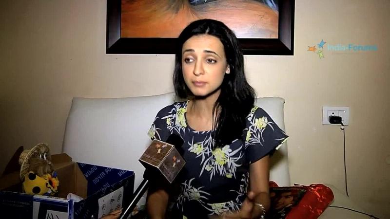 Видеообращение Санайи Ирани к поклонникам апрель 2015 года SanayaIrani Sanaya's special message for her fans