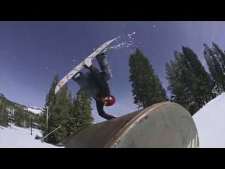 Flux Bindings Snowboarding to Music - Boreal