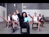 (EXCLUSIVE) Nicki Minaj Teaches Models the 'Anaconda' Dance VIDEO