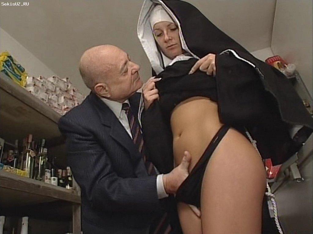 Порно фильмы с монахинями