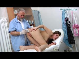 Ellis - 18 years girl gyno exam 18 летняя целка на осмотре у гинеколога порно де