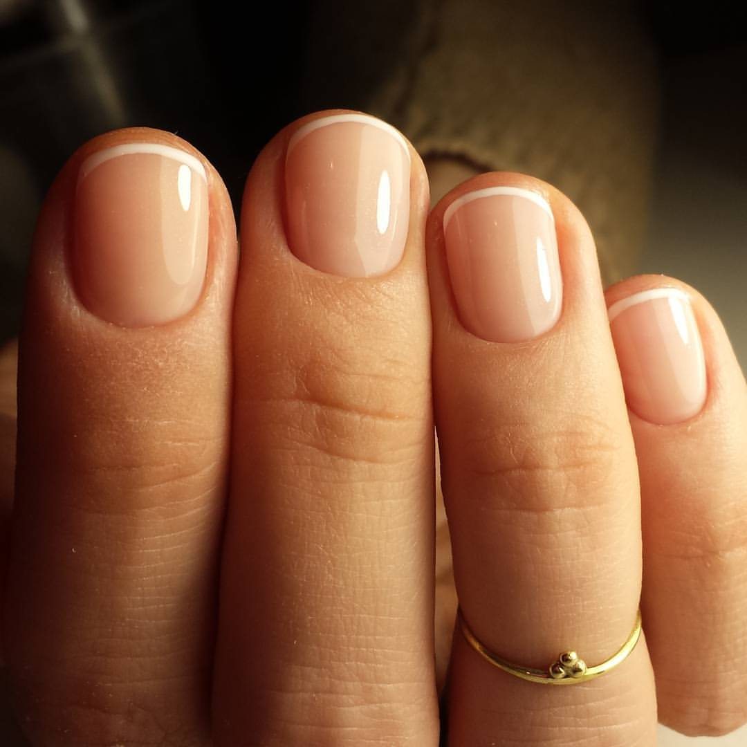 Широкая ногтевая пластина маникюр фото