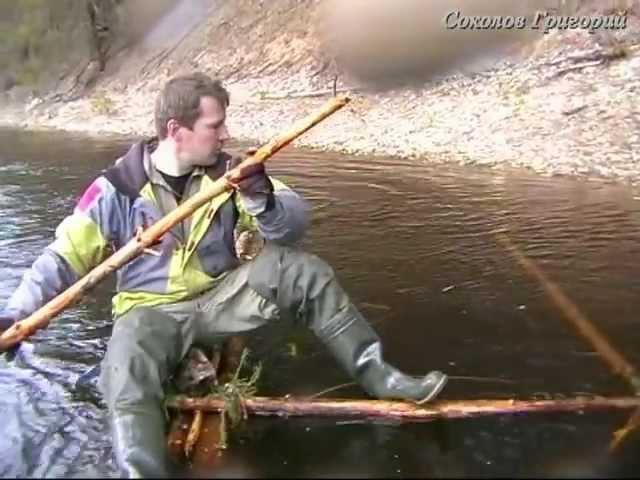 Переправа через весеннюю реку без снаряжения