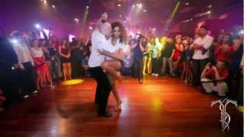 ATACA LA ALEMANA Bachata Dance Performance 40 MILLION VIEW PARTY @ THE SALSA ROOM
