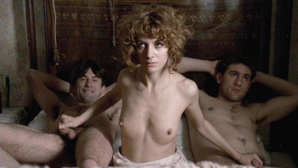 эротические фильмы с более откровенными сценами.