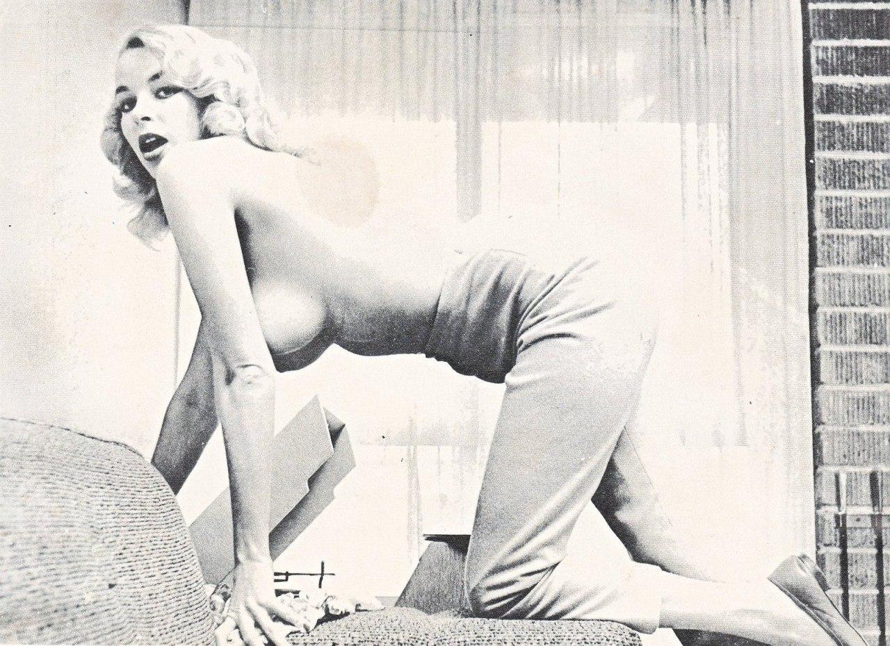 Эротика в ретро, Бесплатное ретро порно с винтажными девушками онлайн 23 фотография