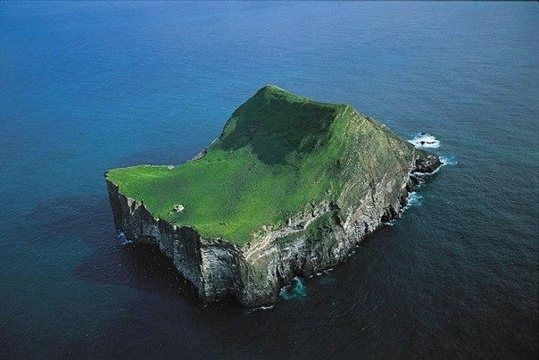 Дом на острове, Вестманнаэйар, Исландия