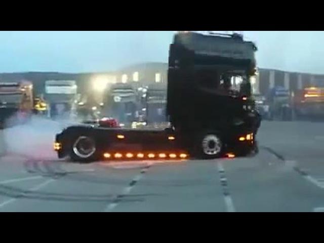 Scania truck drifting