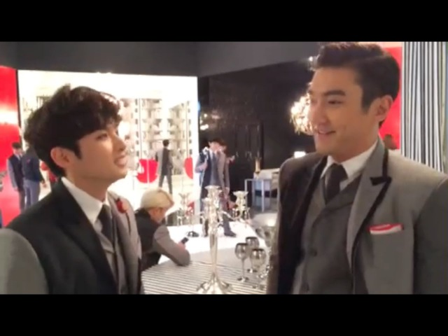 Super Junior 슈퍼주니어_Surprise Gift from Ryeowook and Siwon