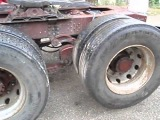 Volvo F89-32 6x2, steel suspension tag axle lifting the axle