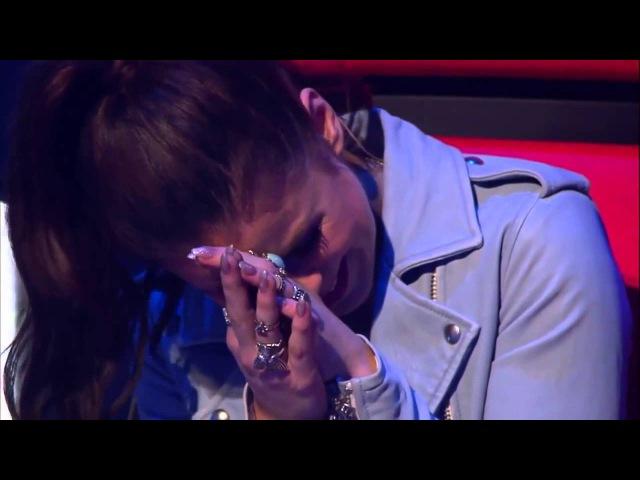 Девочка заставила судей плакать. Зал в ШОКЕ. Шоу Голос » Freewka.com - Смотреть онлайн в хорощем качестве