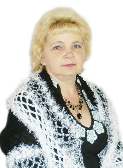 Лариса Мирошникова